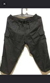 Celana 7/8 hitam