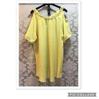 🚚 黃色露肩氣質上衣