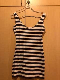 👗: (NEW) Cotton On Stripe Dress - Size XS