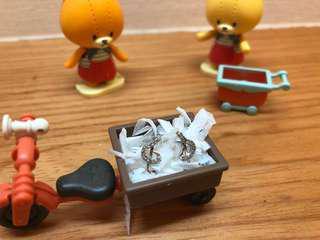 🚚 赤軍 耳環 耳針/樂曲耳環