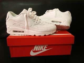 purchase cheap d0c0b 67a7d Nike Airmax 90 Triple White Size 9.5