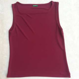 UNITED COLORS OF BENETTON magenta tank top