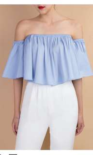 Doublewoot off shoulder top baby blue