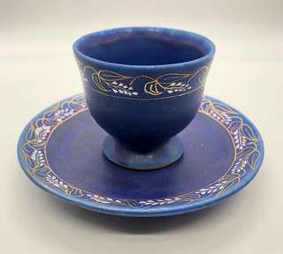 沖繩琉球手製陶藝杯+碟,少有啞湖水藍色及手繪花