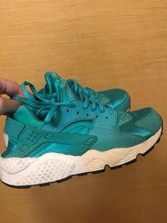 Nike Air Huarache Tiffany Blue