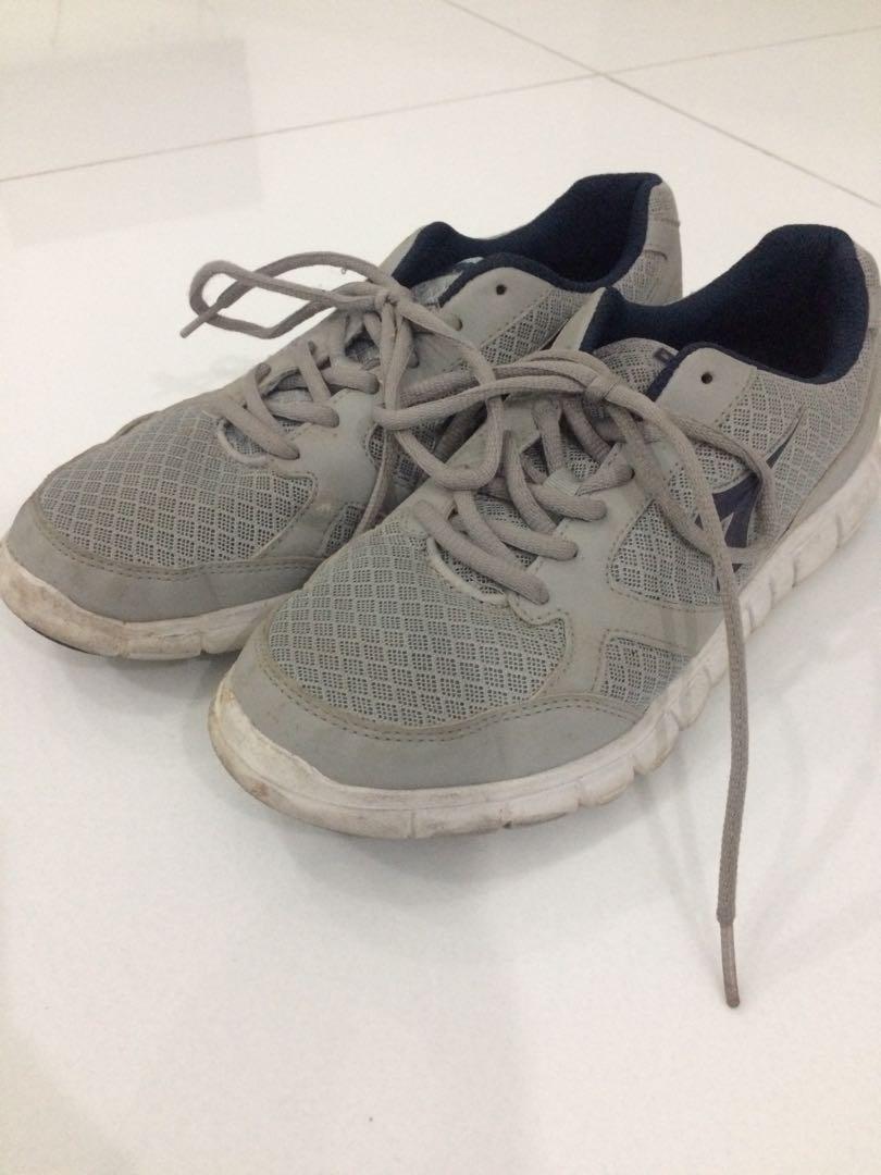 cedd928e03 Diadora Running Shoes White