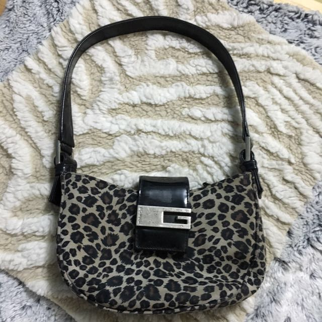 c033a3481726 Guess Animal Print Bag, Women's Fashion, Bags & Wallets on Carousell