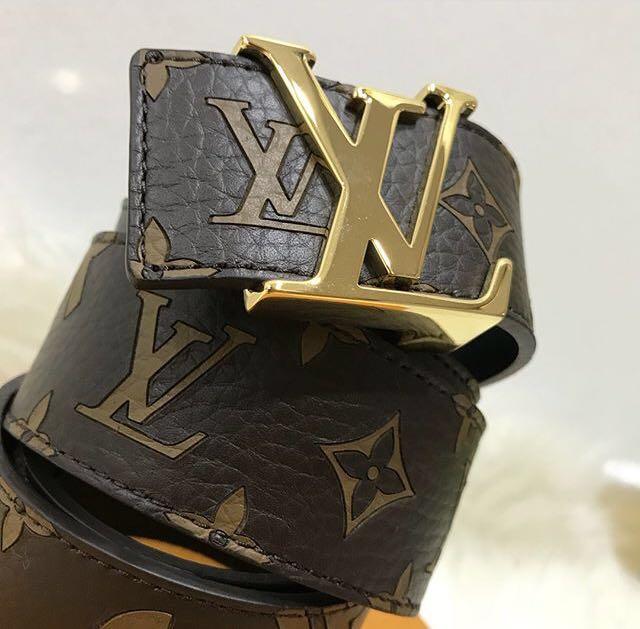 1d84d064d08c LOUIS VUITTON x SUPREME Initiales 40MM Monogram Brown Gold Belt -  Authentic