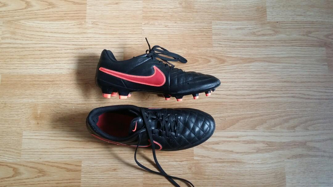 Nike Tiempo Genio Leather cleats