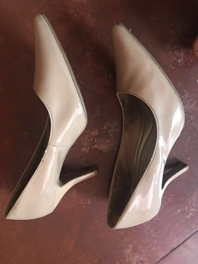 6dba6226f91 Payless Comfort Plus Nude Heels Size 8