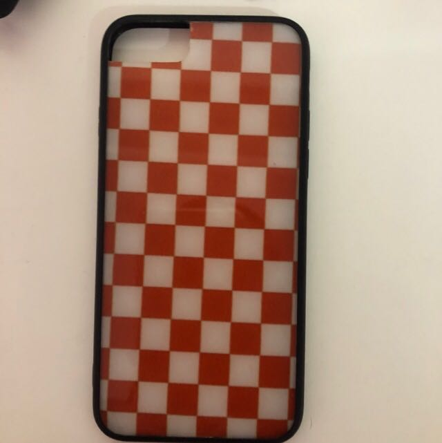 big sale 28173 7dc90 Red checkered case for iPhone 6/7/8 🙌🏻❣️
