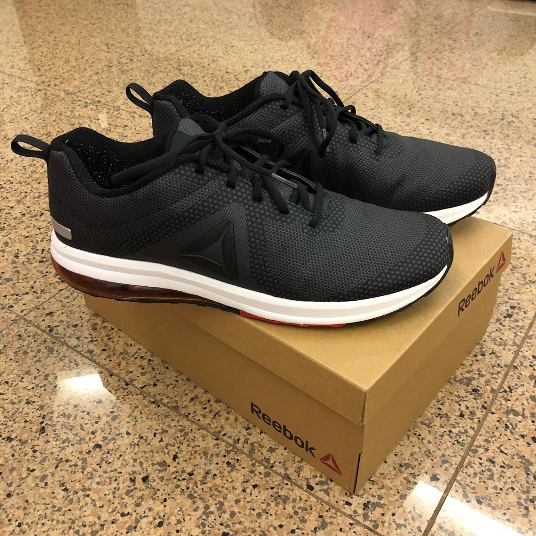 016b4e68595b22 Reebok Jet Dashride 6.0 Men Running Track Shoes