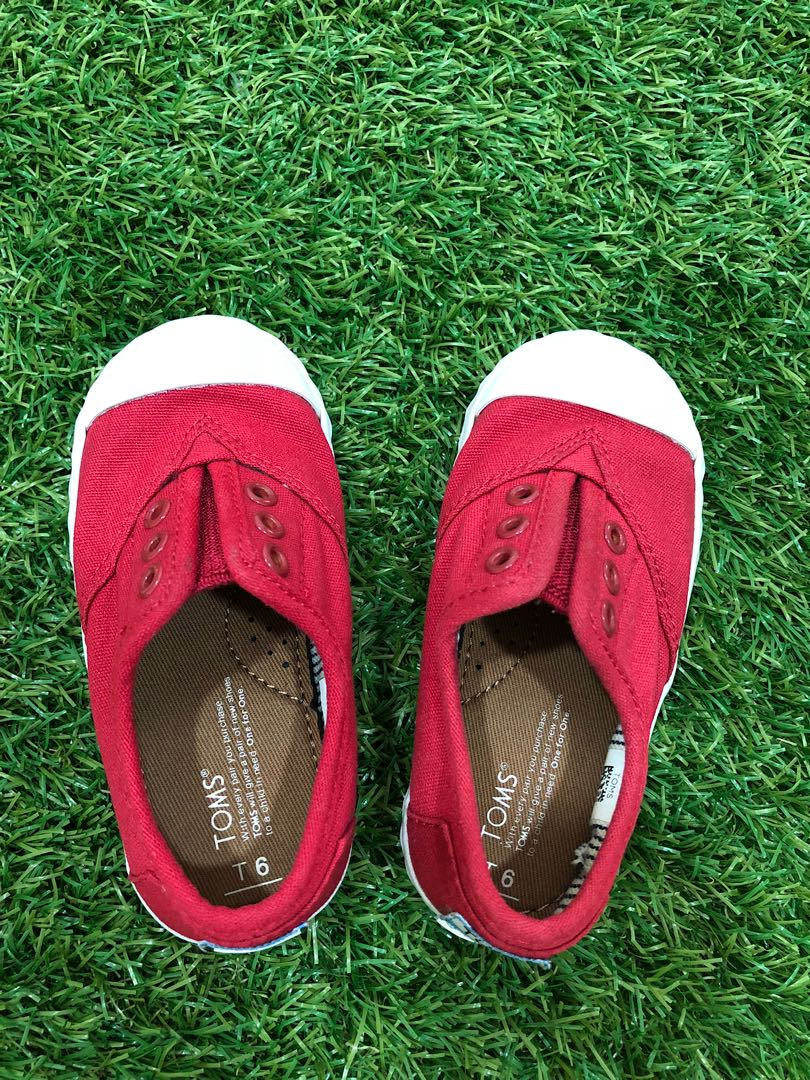 d6b0149c2cce31 Toms shoe baby boy girl slip on canvas converse