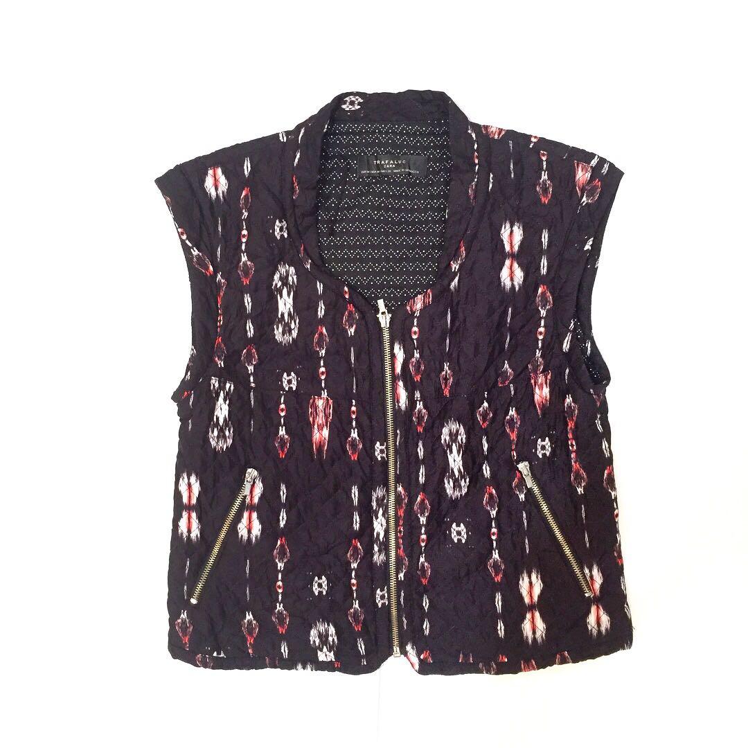 fdc740f3 Zara etnic vest