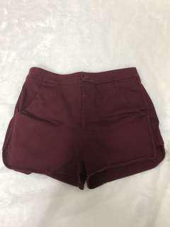 Wine red curve side shorts