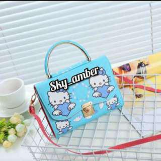 Hello Kitty bag's
