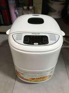 Brand New Mayer Bread Maker