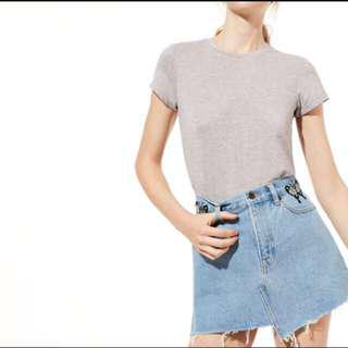 Aritzia testani embroidered denim skirt