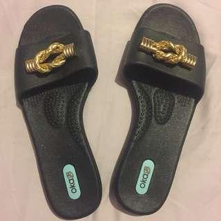 OKA b black sandals