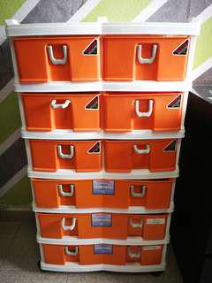 Multi tier plastic drawer shelf