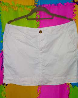 Old navy dirty white skirt