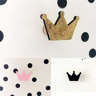 New Imported Nordic Black Crown Wooden Wall Hook Decor