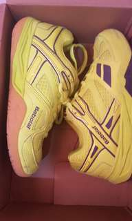 Babolat shoes for kids size 3.5 US 22cm