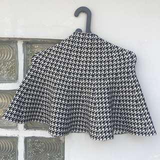 Vintage ruffle skirt stretch