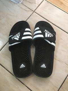 Men's adidas slides size 7 (women's size 9)