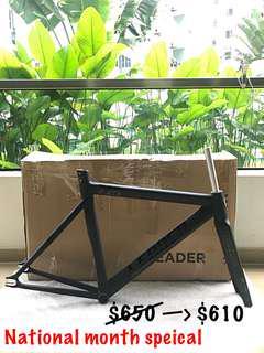 🚚 Leader 725 frame + fork