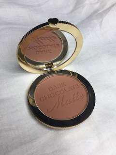 Too faced Dark chocolate Soleil bronzer