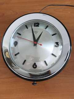 """Very New 10"""" Diamond Brand Electric Wall Clock in Original Condition - Made in Shanghai (China) in the 1960s"""