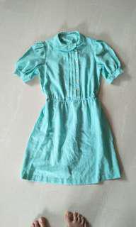 Vintage Mint greenish blue linen dress with petal collar