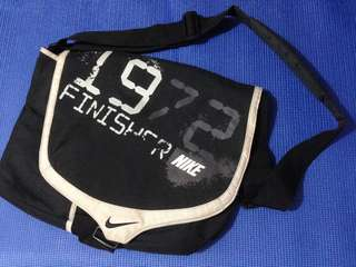 NIKE Messenger Bag, Authentic and Preloved 35x27x8 CM