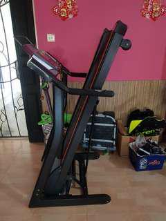 Used and lightly used Treadmill