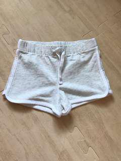 🚚 全新女童oshkosh 短褲