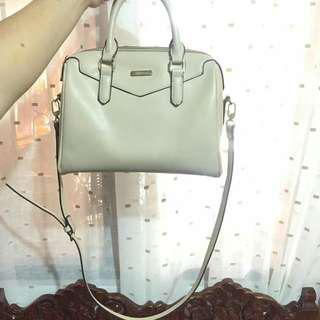 Vincci White shoulder bag
