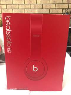 beats solo by dr dre RED