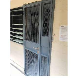 HDB Pet friendly mesh gate (retro mesh gate)  call 96177025 leon