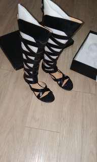 Fast deal Galdiator Black shoes