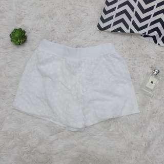 Detailed shorts