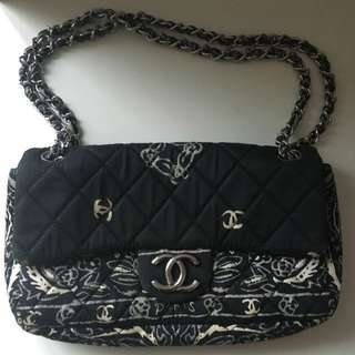 Chanel Navy Blue And White Hand Bag- Women Luxury