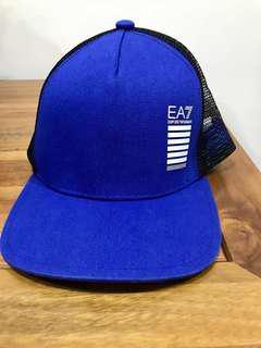 🚚 售二手EMPORIO ARMANI EA7伸縮帶帽子(九成五新)