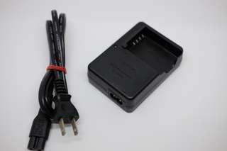 🚚 富士BC-W126  fijifilm 原廠充電器 np-w126 np-w126s適用 非便宜仿冒品