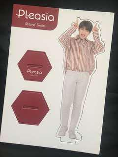 [WTS] Wanna One Park Woojin Pleasia Standee