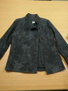Pre-loved Black Faded Overlap Jacket (M-L)