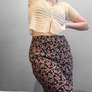 90's grunge high waisted maxi skirt.