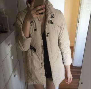 Beige puffer jacket with belt size 6-8