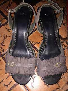Gap Heels