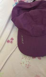 2XU 鴨咀帽
